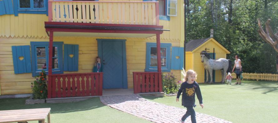 Helena-Reet: Skandinavian teemapuistot – Lasten kanssa Astrid Lindgrenin maailmassa Vimmerbyssä, Ruotsissa + SUURI KUVAGALLERIA!