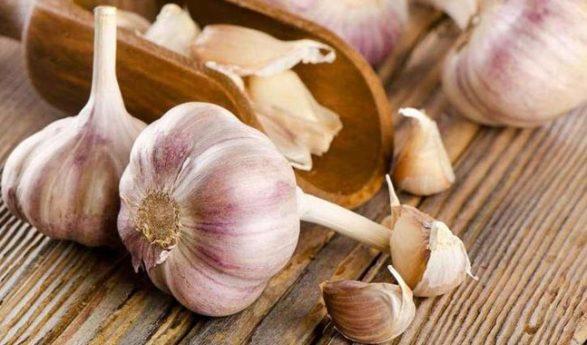 KOTONA TEHTÄVÄ valkosipulilääke vilustumiseen ja flunssaan