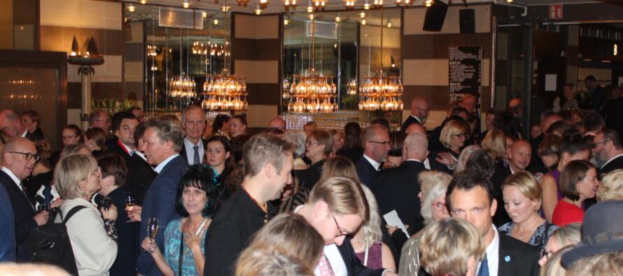 KUVAGALLERIA & VOITTAJAT: Pohjoismaiden neuvoston juhlallinen palkintogaala Tukholman konserttitalossa