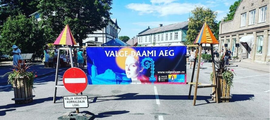 Matkusta Virossa: Valkean Daamin päivät Haapsalussa ja legenda kuolemattomasta rakkaudesta + VALOKUVAT!